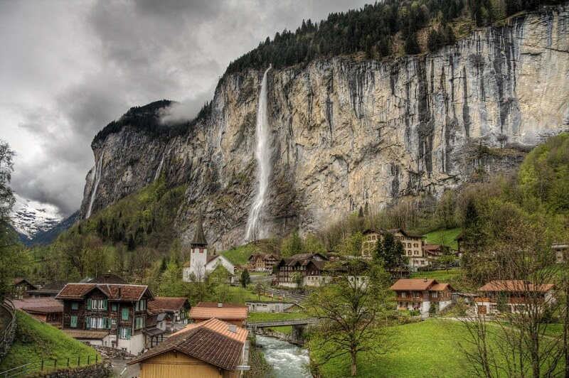 MOST ENTICING STAUBBACH FALLS IN SWITZERLAND