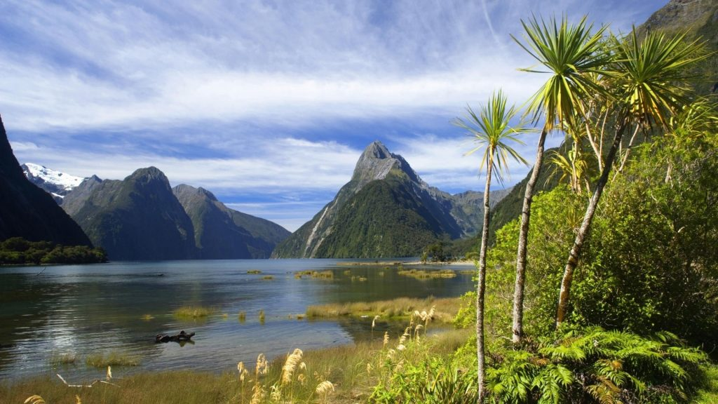 THE CLASSIC MILFORD SOUND, NEW ZEALAND