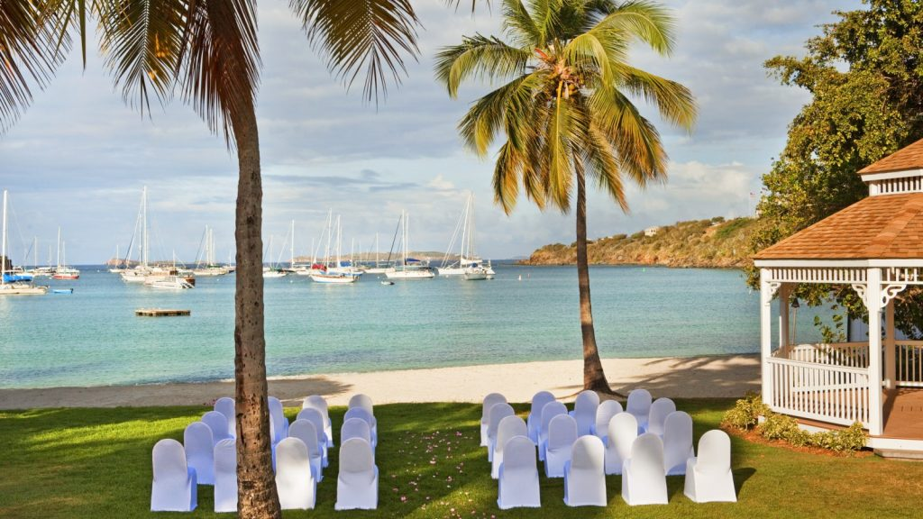 WEDDING ARRANGEMENTS AT THE WESTIN ST. JOHN HOTEL