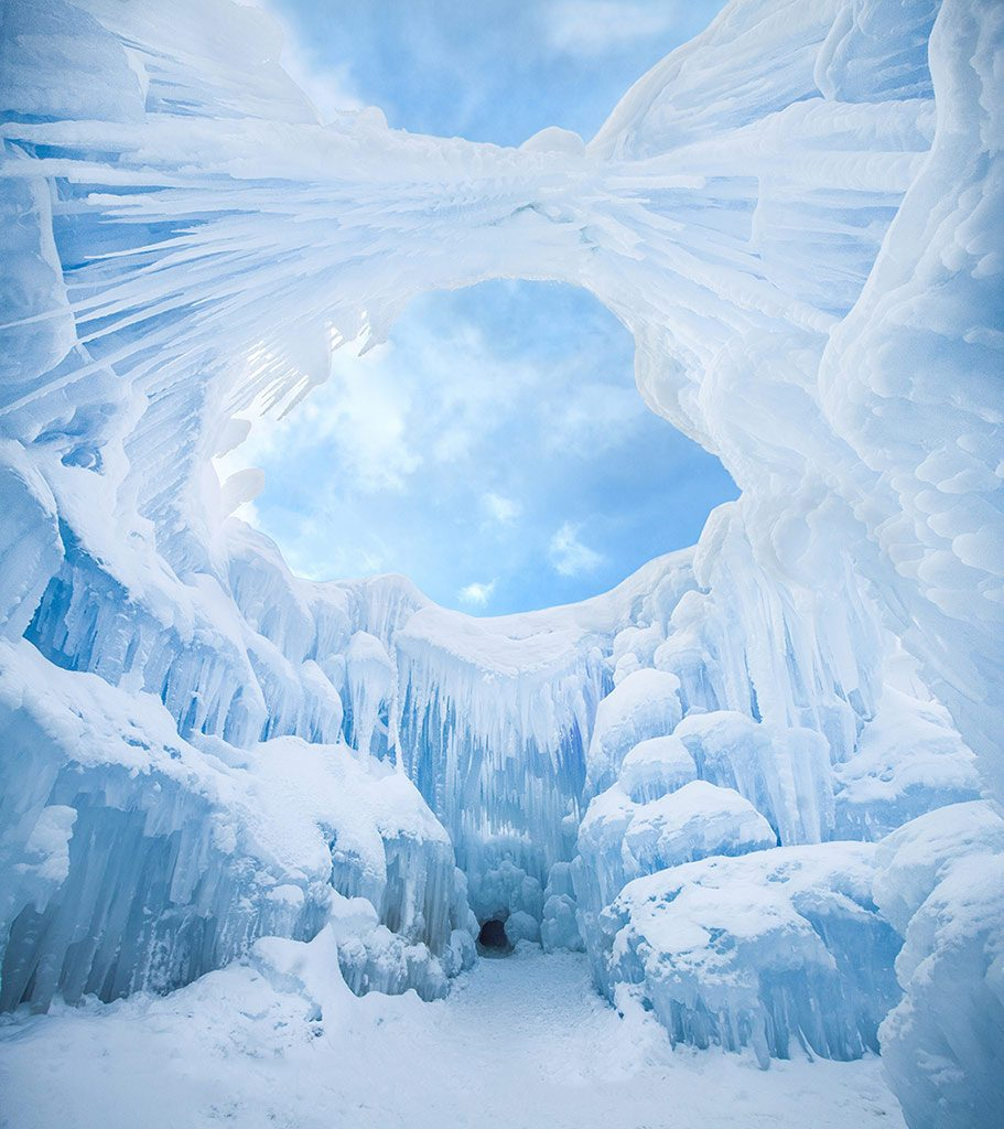 A MUST VISIT: THE ICE CASTLES IN SILVERTHORNE