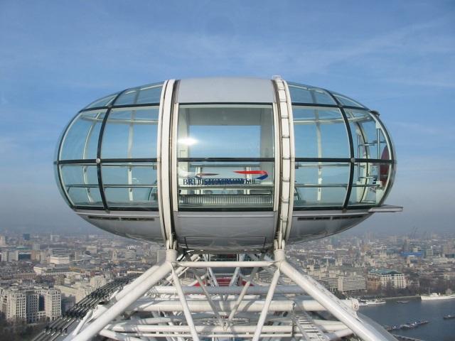 CAPSULE OF LONDON EYE