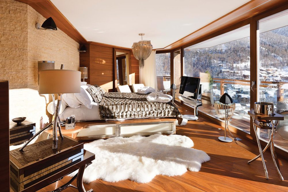 CHALET ZERMATT, SWITZERLAND: PEAK VIEW