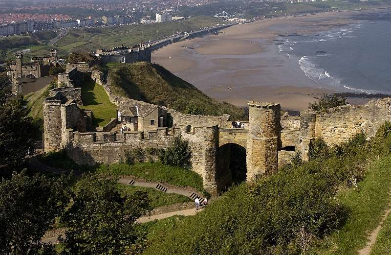 PANORAMIC VIEW OF THE SCARBOROUGH CASTLE ENGLAND
