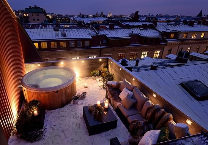 ROOFTOP HOT TUB IN GOTHENBURG, SWEDEN