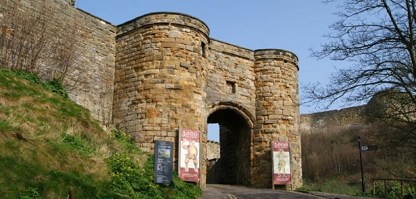 THE ENTRY GATE OF SCARBOROUGH CASTLE