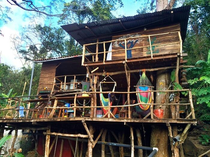 TREE HOUSE SWING IN GRANADA, NICARAGUA