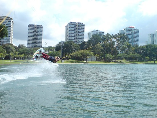 WAKE BOARDING AT MARINA WAKE BOARDING HUB