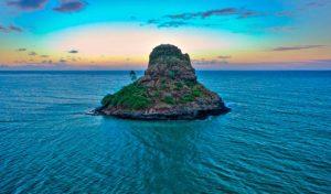 CHINAMAN'S HAT, OAHU, HAWAII